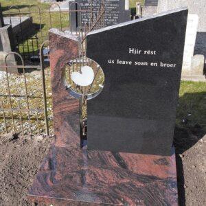 grafsteen met glasplaat