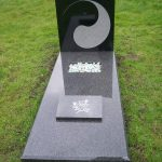 Grafmonument Yin Yang