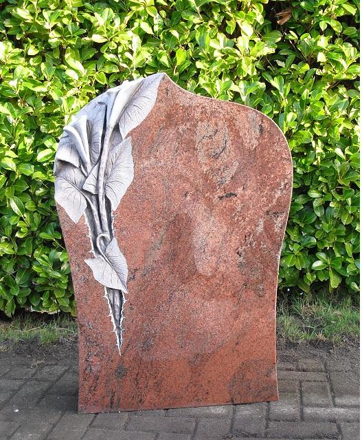 grafsteen met bloem