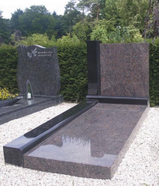 Himalaya graniet grafmonument met zwart graniet